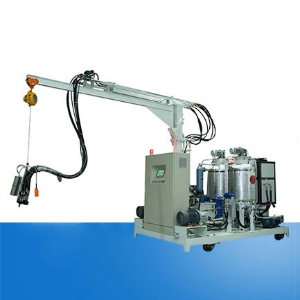 Equipment of wood-like polyurethane high-pressure foaming machine