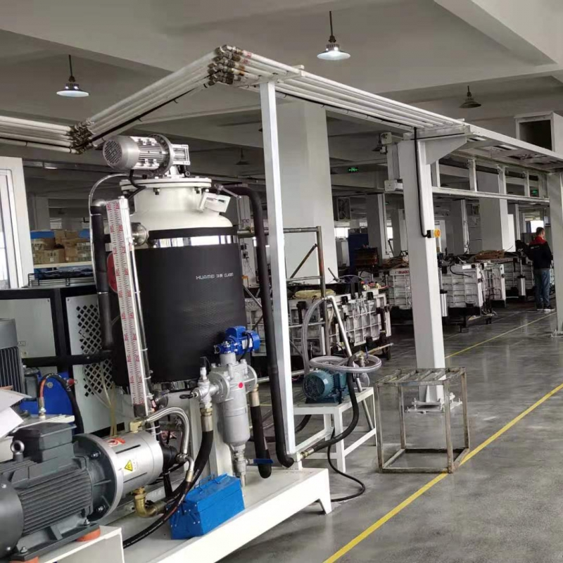 Automatic production line of cyclopentane foaming machine for refrigerator