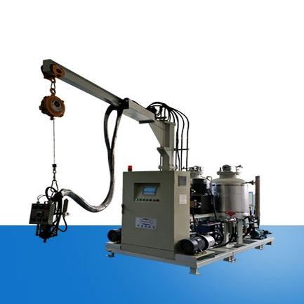 Wood-like polyurethane foaming machine